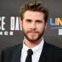 Liam Hemsworth Looks Cute