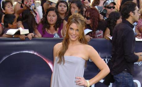 Ashley Greene Dishes on New Moon