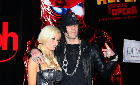 Holly Madison and Criss Angel: Back Together!