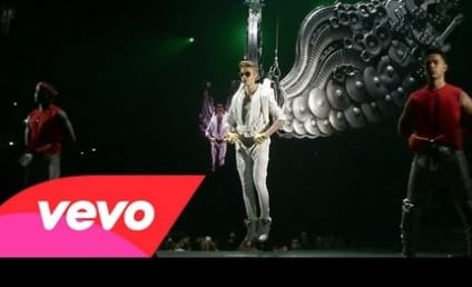 "Justin Bieber Goes ""All Around the World"" in New Music Video"