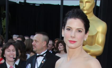 Academy Awards Fashion Face-Off: Sandra Bullock vs. Gwyneth Paltrow