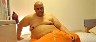 Man With 132-Pound Scrotum Lands TLC Series