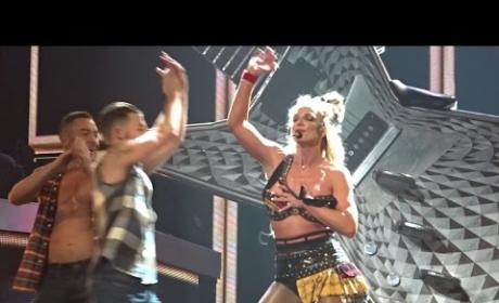 Britney Spears Epic Wardrobe Malfunction During Performance!