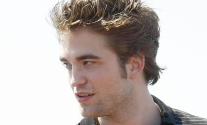 Source: Robert Pattinson Gives Kristen Stewart a Promise Ring!