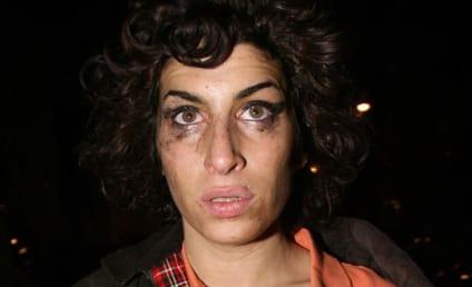 Celebrity Gossip Media Corners, Frustrates Amy Winehouse