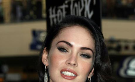Health Experts Slam The Megan Fox Diet