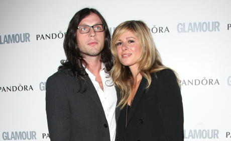 Nathan Followill and Jessie Baylin: Expecting!