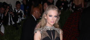 Taylor Swift at MET Gala: A Black Beauty?