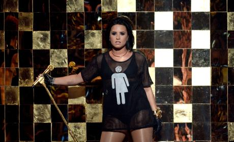 Demi Lovato Supports Transgender Community at Billboard Music Awards