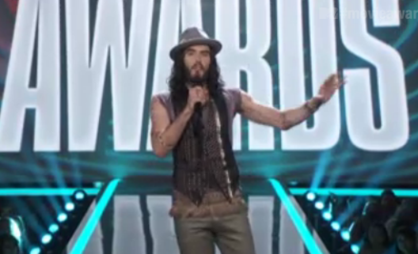 Russell Brand MTV Movie Awards Intro: Hit or Miss?