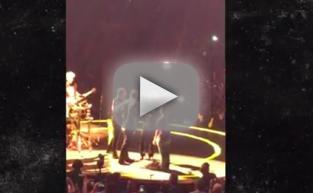 Jimmy Fallon Sings at U2 Concert: Watch!