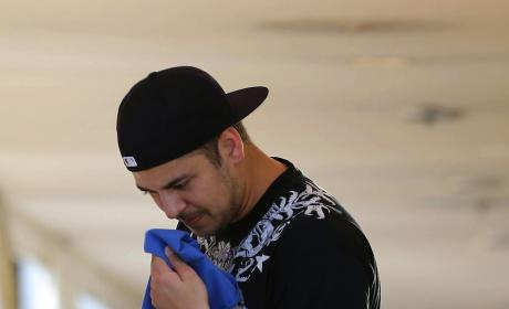 Rob Kardashian Packs on Pounds, Vows to Lose Weight