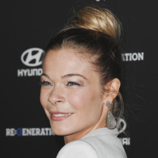 Leann Rimes Red Carpet Laugh