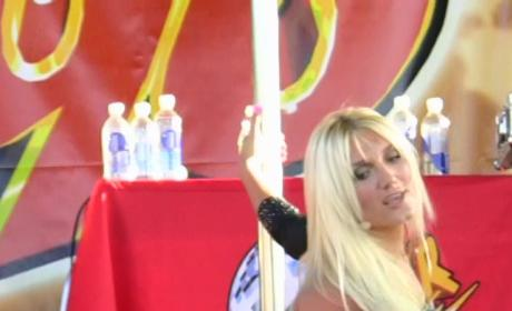 Brooke Hogan Jumps, Preens, Pleads for Celebrity Gossip Attention