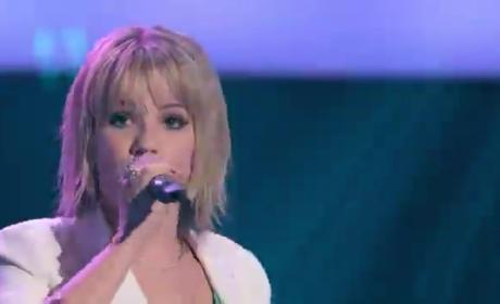 Amber Carrington - The Voice Blind Audition