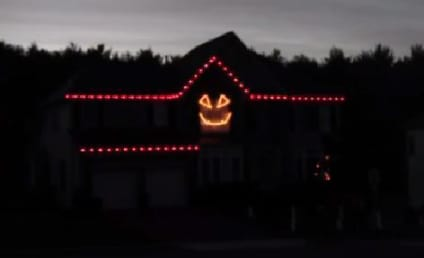 Gangnam Style Goes Halloween: Hit the Lights!