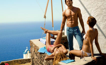 Joe Manganiello Shirtless in GQ: GULP!