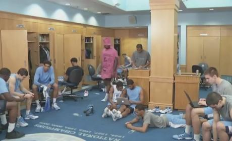 UNC Basketball Team Does the Harlem Shake