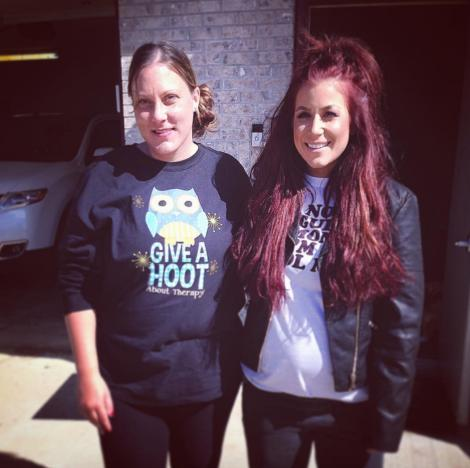 Chelsea Houska with sister