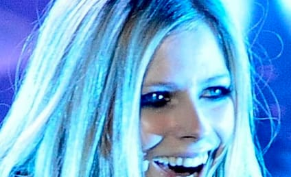Source: Avril Lavigne Not Pregnant After All