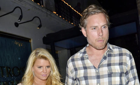 "Report: Jessica Simpson Puts Wedding on Hold ""Indefinitely"""