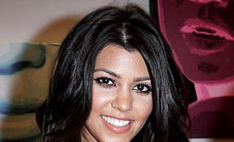 Kourtney Kardashian Pregnant