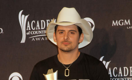 Do you want to see Brad Paisley as an American Idol judge?
