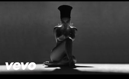 "Beyonce Debuts ""Sorry"" Music Video, Twerks With Serena Williams"