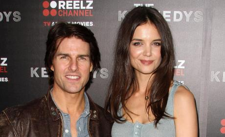 Tom Cruise and Katie Holmes to Divorce; Actress Files For Sole Custody of Suri