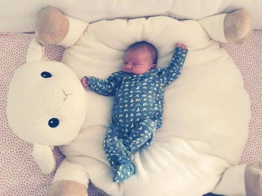 Olivia Wilde baby girl first pic