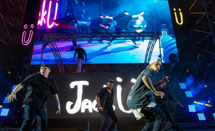 Justin Bieber Goes HARD, Joins Jack Ü on Stage