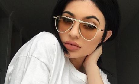 Kylie Jenner: Lips Bigger Than Ever in Latest Selfie?!