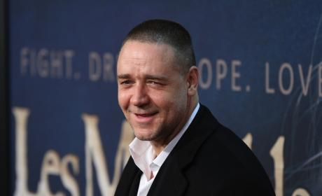 Russell Crowe Responds to Les Miserables Criticism