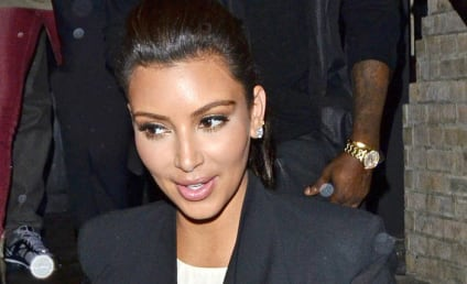 Kim Kardashian and Kanye West: Spotted in NYC! Totes in Love!