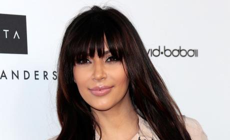 Kim Kardashian Pregnant Pose