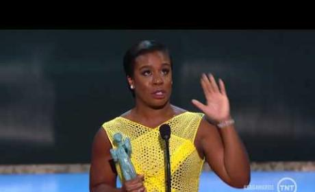Uzo Aduba Breaks Down During Tearful SAG Awards Acceptance Speech