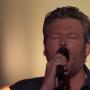 "Blake Shelton Sings ""Dream On"""