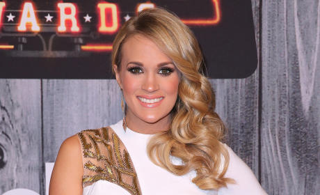 Carrie Underwood Smiles