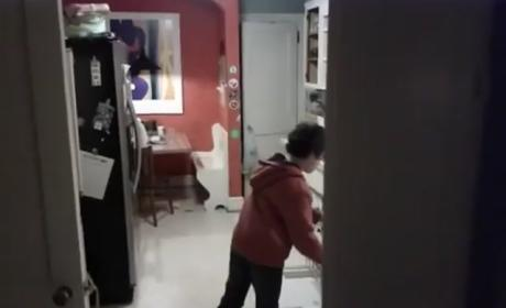 Kid Does the Dishes to Michael Jackson