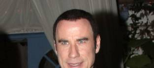 John Travolta is Gay, Carrie Fisher Says