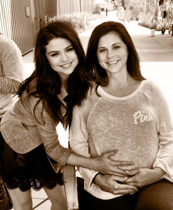 Selena Gomez, Mom