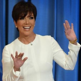 Kris Jenner: Hands Up!
