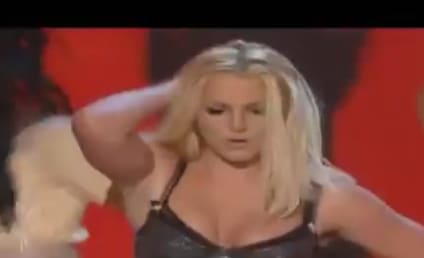 Britney Spears to Perform Live December 2