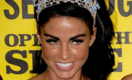 Katie Price: Cavorting Topless with Alex Reid!