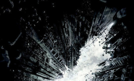 The Dark Knight Rises Teaser Poster: Unveiled!
