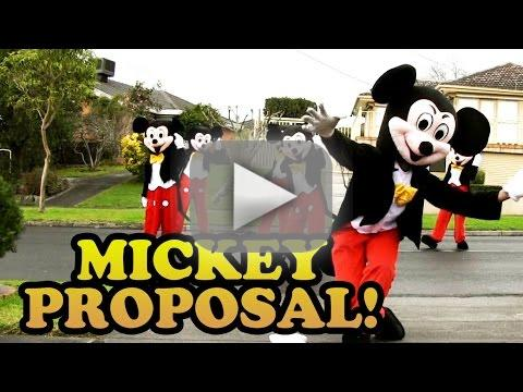 Boyfriend Proposes to Girlfriend Via All Her Favorite Things