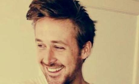 Fake Ryan Gosling Facebook Page Claims Actor Adopts Baby, Gets 930,000 Likes on Bogus Post
