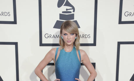 Taylor Swift at 2015 Grammys