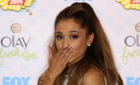 Ariana Grande Responds to Bette Midler Insult: You Used to be Cool!