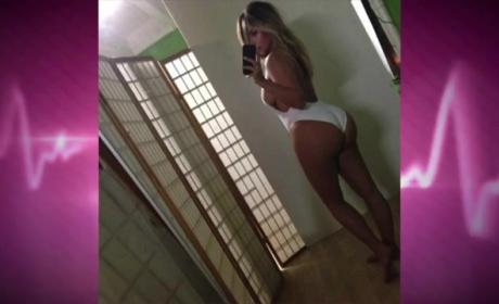 Kim Kardashian and Kanye West Karefully Khoreographed Swimsuit Selfie: Report